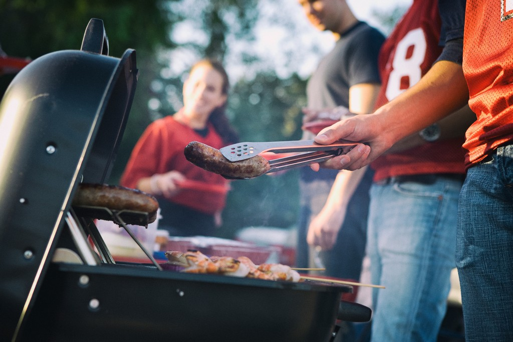 football__party_bbq_grilling_food_safety